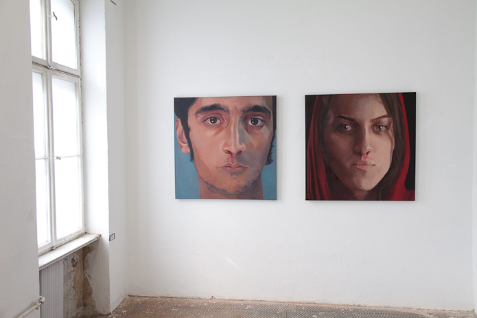 Masoumeh Mozafari, Heatstroke, 2 paintings 100 x 100cm. Foto Cas Bool