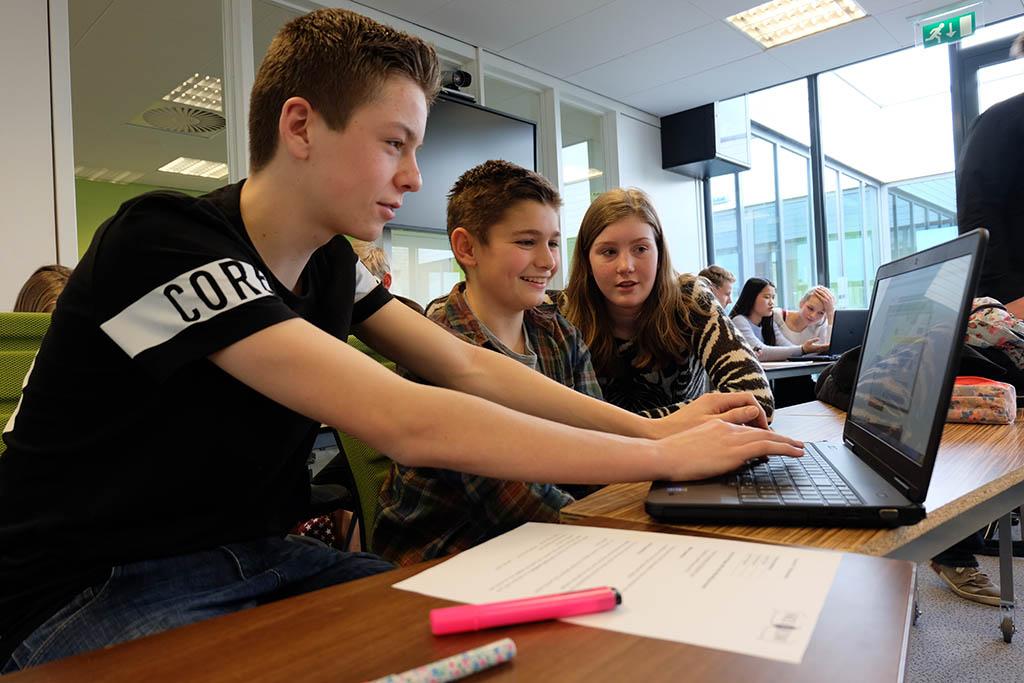 Face to Face - Peer to peer Education at Framer Framed