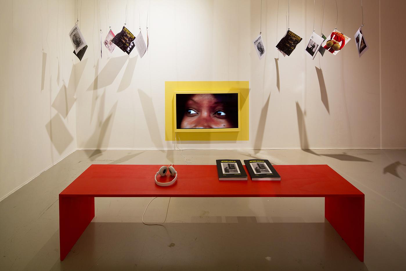 Diasporic Self - Black Togetherness as Lingua at FramerFramed (2019)